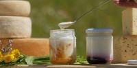Nei masi Gallo Rosso: formaggio fresco, buono e genuino per ogni vacanza