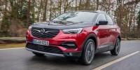 Opel Grandland X con trazione integrale elettrica