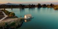 Glamping di Laghi Nabi, l'oasi naturale della Campania sul Litorale Domizio