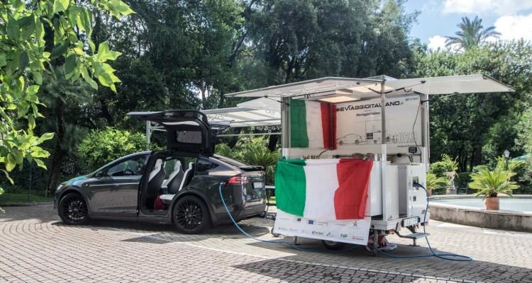 Parte dalla Campania tour tra le eccellenze italiane con una cucina mobile a energia solare