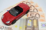 Manutenzione auto, servono 1.500 euro annui: -7.4% rispetto al 2019