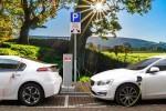 Italiani e auto ibride ed elettriche: un feeling frenato dal costo elevato dei modelli