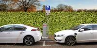 In Italia tre parcheggi su dieci sono dotati di sistema di ricarica elettrica