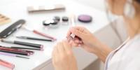 Greenpeace: allarme plastica nei prodotti per il Make-Up