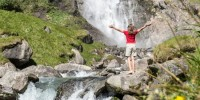 Climatoterapia alla cascata e bagno nella foresta, per rigenerarsi nella natura