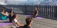 Benessere e libertà in quota con Tofana-Freccia nel Cielo tra forest bathing e lezioni di yoga